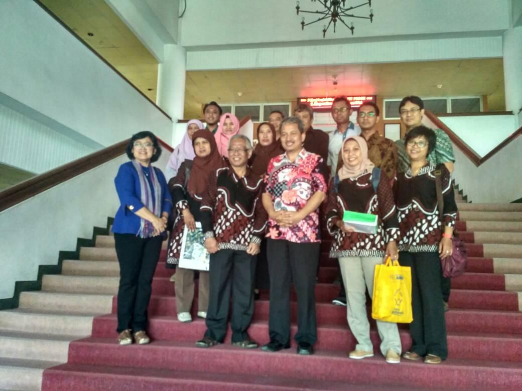 Studi Banding di Departemen Statistika, ITS Surabaya